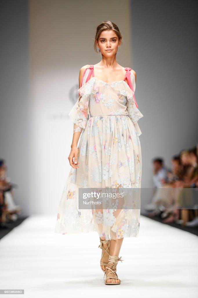 Berlin Fashion Week Spring/Summer 2019 - Day 3 : Nachrichtenfoto