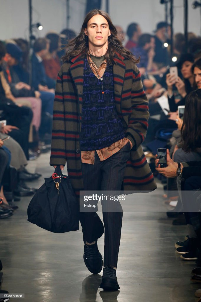 Lanvin : Runway - Paris Fashion Week - Menswear F/W 2018-2019 : ニュース写真