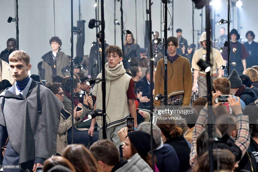 Lanvin : Runway - Paris Fashion Week - Menswear F/W 2018-2019 : Foto jornalística