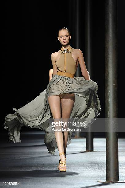 Model walks the runway during the Lanvin Ready to Wear Spring/Summer 2011 show during Paris Fashion Week at Halle Freyssinet on October 1, 2010 in...
