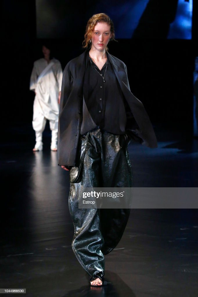 Lemaire : Runway - Paris Fashion Week Womenswear Spring/Summer 2019 : Foto jornalística
