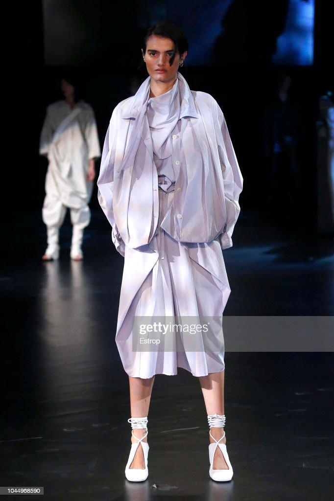 Lemaire : Runway - Paris Fashion Week Womenswear Spring/Summer 2019 : Fotografia de notícias
