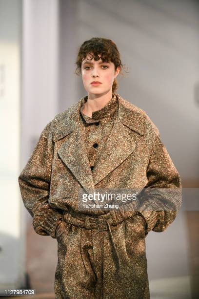 Model walks the runway during the Lemaire show as part of the Paris Fashion Week Womenswear Fall/Winter 2019/2020 on February 27, 2019 in Paris,...