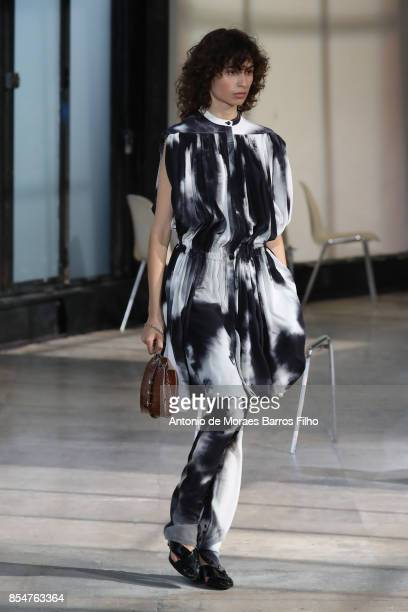Model walks the runway during the Lemaire show as part of the Paris Fashion Week Womenswear Spring/Summer 2018 on September 27, 2017 in Paris, France.