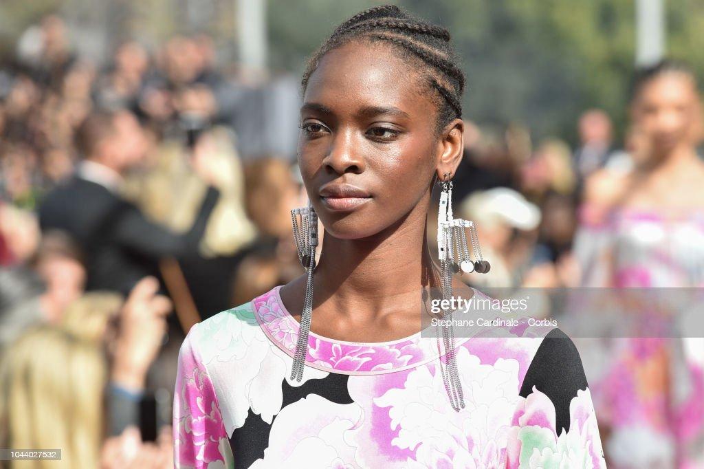 Leonard : Runway - Paris Fashion Week Womenswear Spring/Summer 2019 : ニュース写真