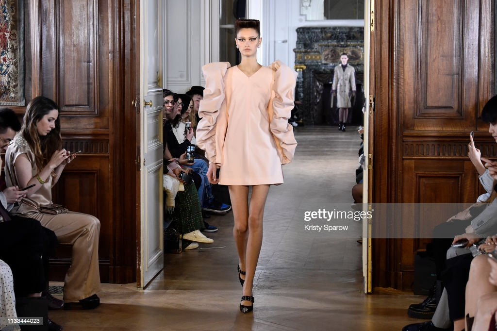 model-walks-the-runway-during-the-liu-chao-show-as-part-of-paris-picture-id1133444023