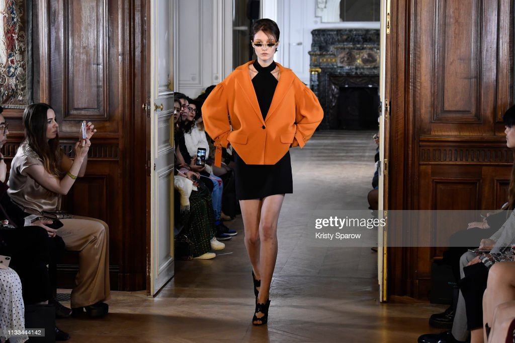 model-walks-the-runway-during-the-liu-chao-show-as-part-of-paris-picture-id1133444142