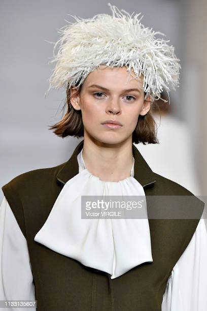 Model walks the runway during the Loewe Ready to Wear fashion show as part of the Paris Fashion Week Womenswear Fall/Winter 2019/2020 on February 28,...