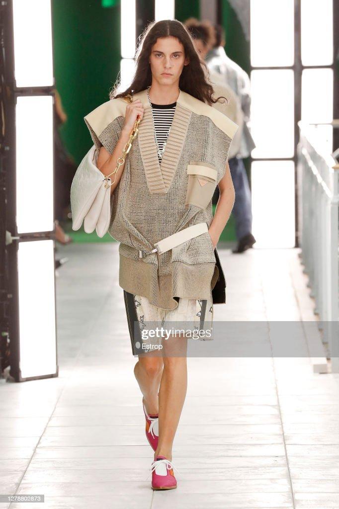 Louis Vuitton : Runway - Paris Fashion Week - Womenswear Spring Summer 2021 : ニュース写真