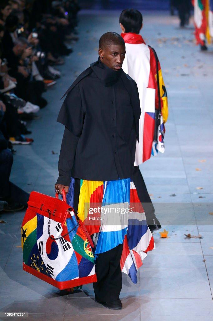Louis Vuitton : Runway - Paris Fashion Week - Menswear F/W 2019-2020 : ニュース写真