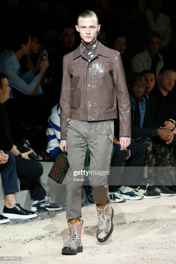 Louis Vuitton : Runway - Paris Fashion Week - Menswear F/W 2018-2019 : ニュース写真