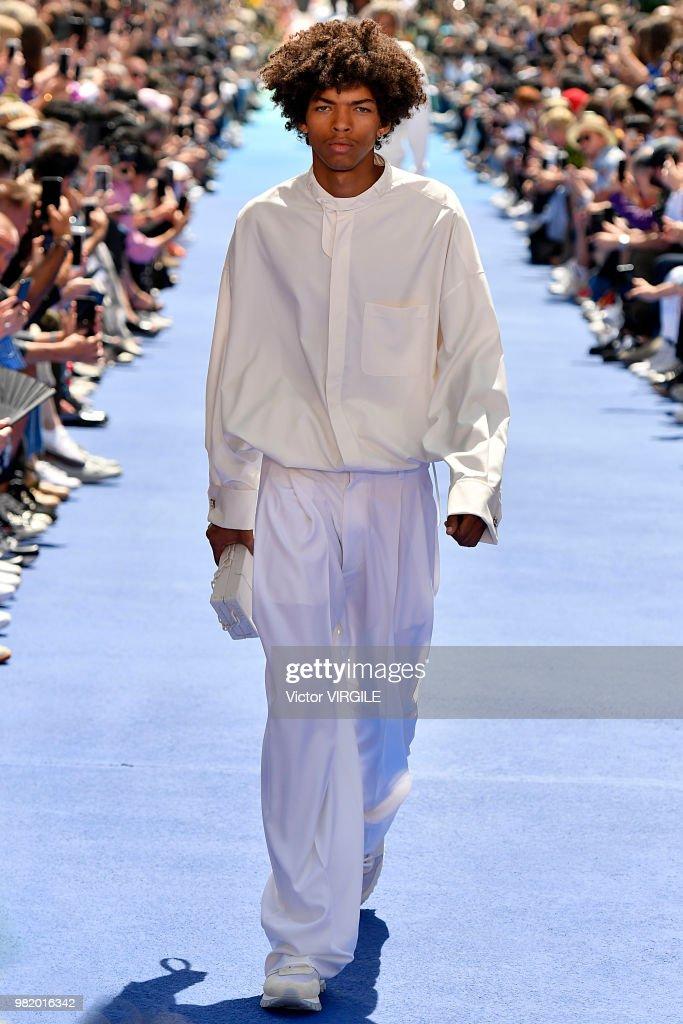 Louis Vuitton : Runway - Paris Fashion Week - Menswear Spring/Summer 2019 : ニュース写真