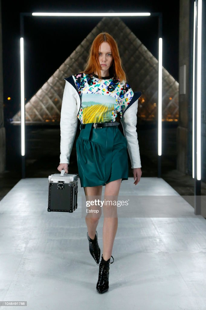 Louis Vuitton : Runway - Paris Fashion Week Womenswear Spring/Summer 2019 : ニュース写真