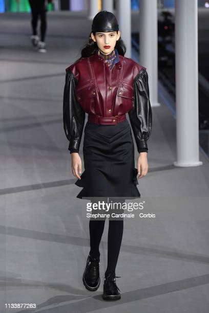 Model walks the runway during the Louis Vuitton show as part of the Paris Fashion Week Womenswear Fall/Winter 2019/2020 on March 05, 2019 in Paris,...