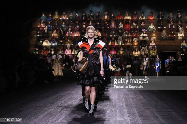 Model walks the runway during the Louis Vuitton show as part of the Paris Fashion Week Womenswear Fall/Winter 2020/2021 on March 03, 2020 in Paris,...