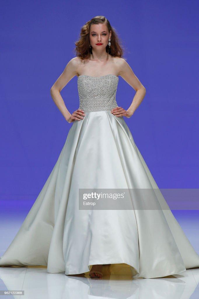 Asombroso Vestidos De La Abuela Para La Boda Molde - Vestido de ...
