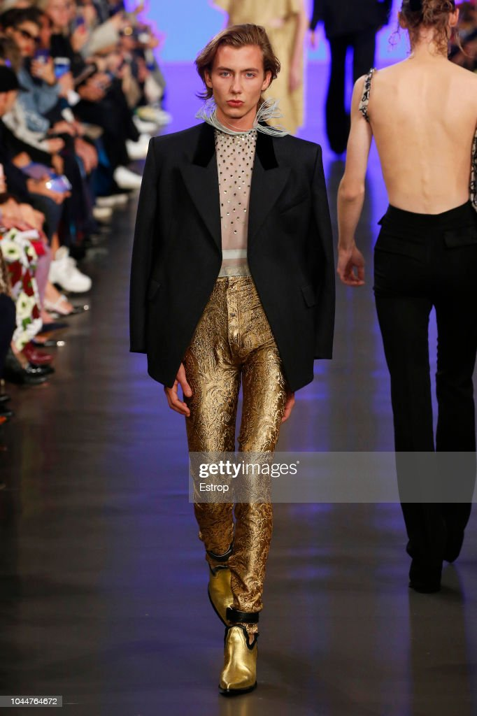 Maison Margiela : Runway - Paris Fashion Week Womenswear Spring/Summer 2019 : ニュース写真