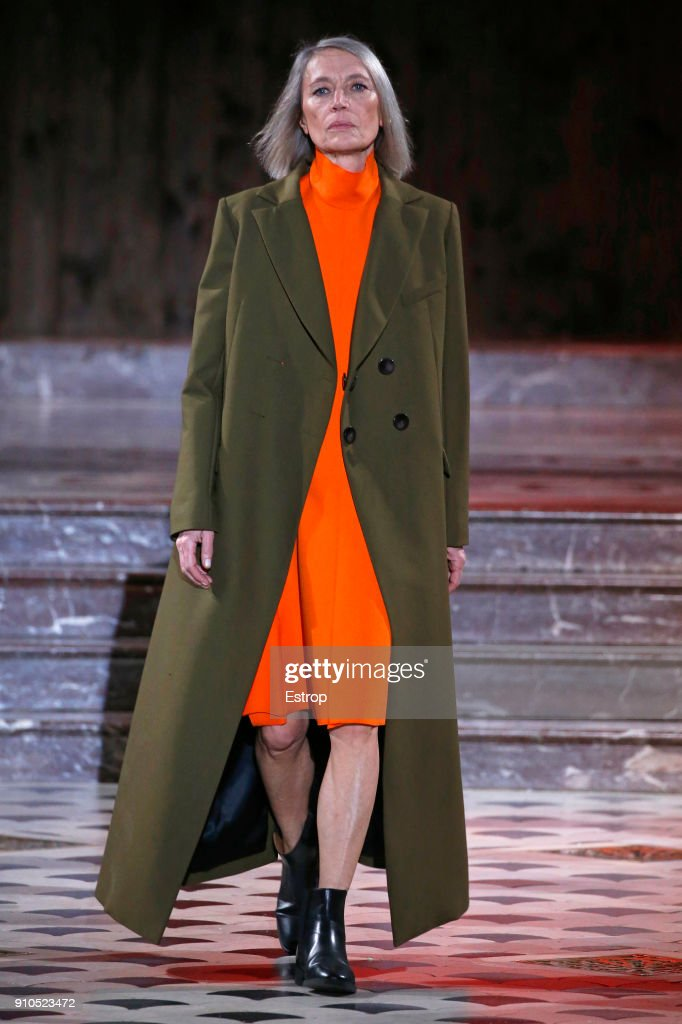 model-walks-the-runway-during-the-maison-rabih-kayrouz-spring-summer-picture-id910523472
