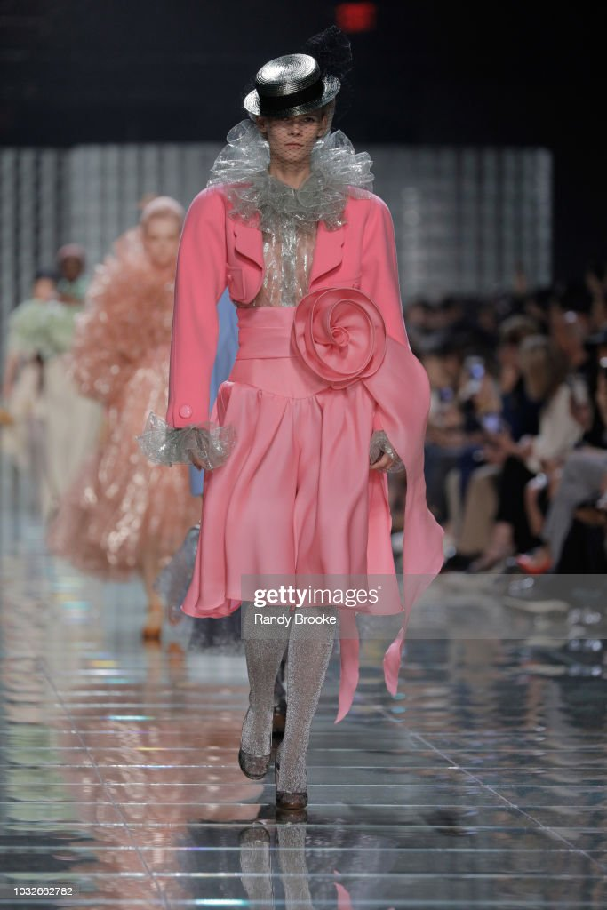 Marc Jacobs - Runway - September 2018 - New York Fashion Week : News Photo
