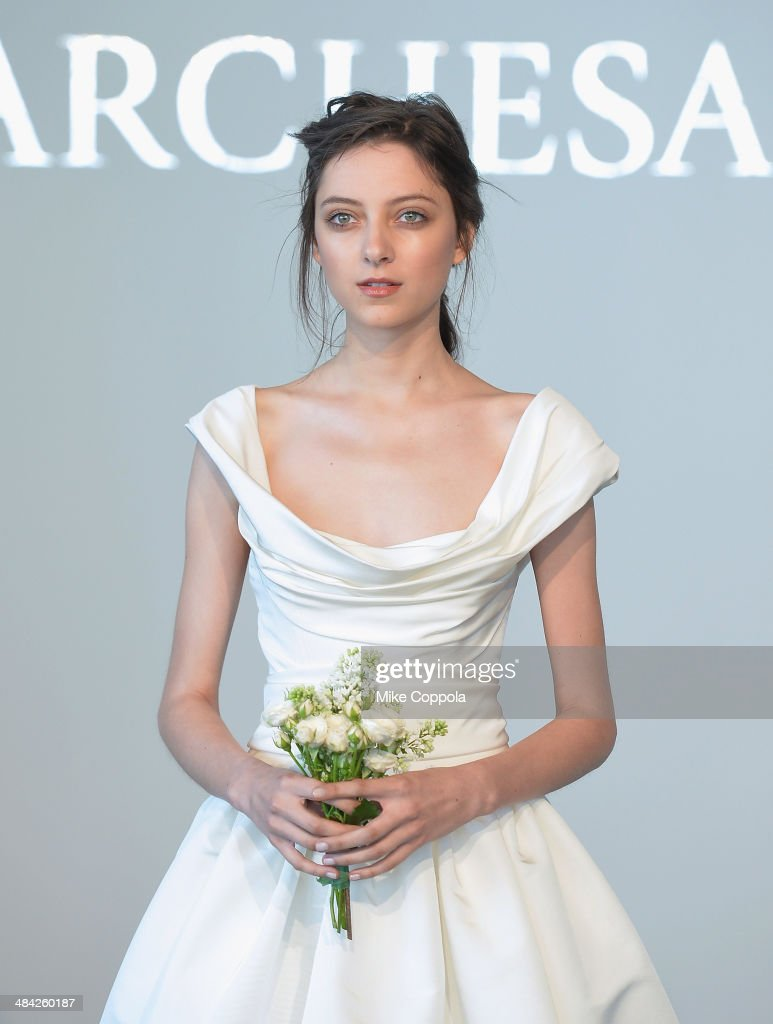 Spring 2015 Bridal Collection - Marchesa - Show Photos and Images ...