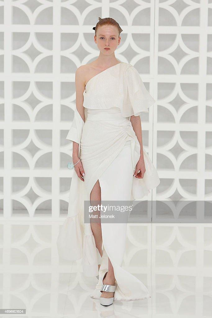 Maticevski - Runway - Mercedes-Benz Fashion Week Australia 2015 : News Photo
