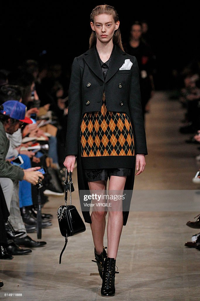 Miu Miu : Runway - Paris Fashion Week Womenswear Fall/Winter 2016 : News Photo
