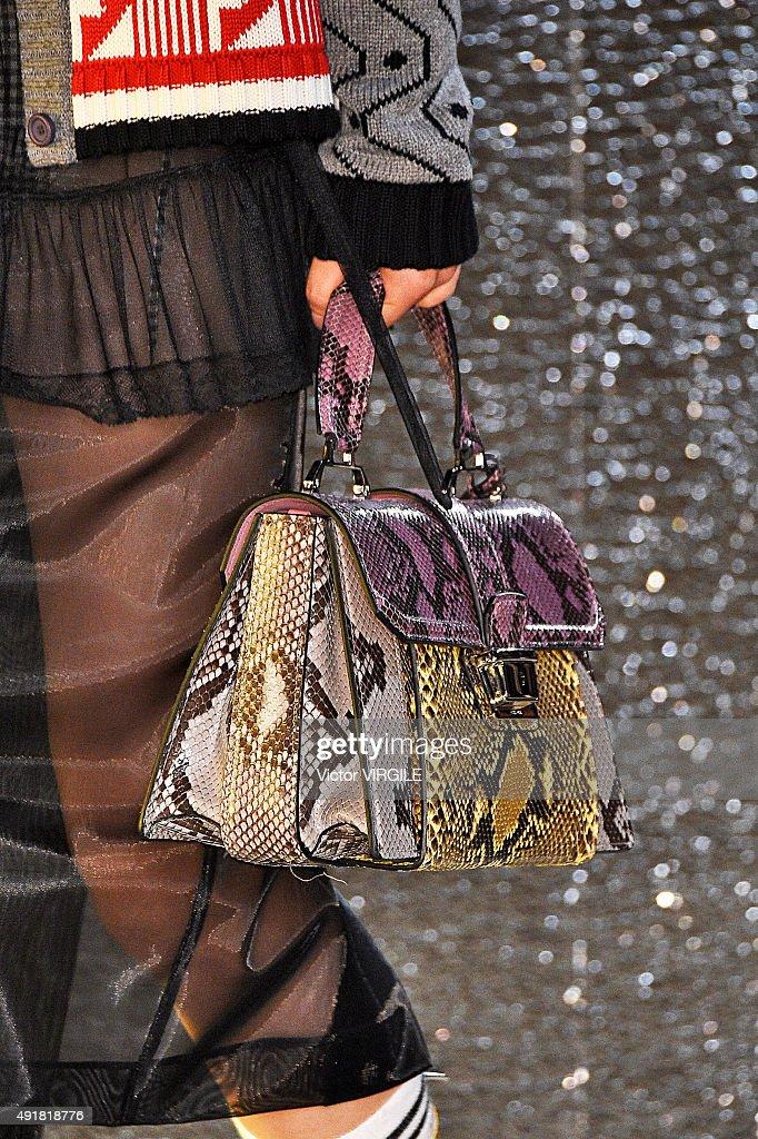 Miu Miu : Runway - Paris Fashion Week Womenswear Spring/Summer 2016 : News Photo