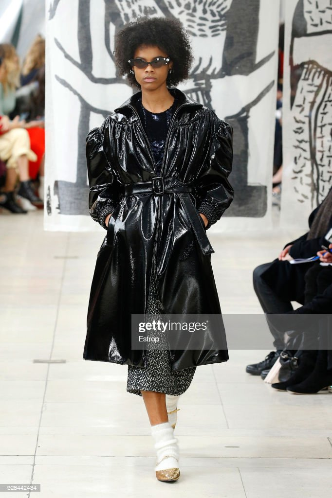 Miu Miu : Runway - Paris Fashion Week Womenswear Fall/Winter 2018/2019 : ニュース写真
