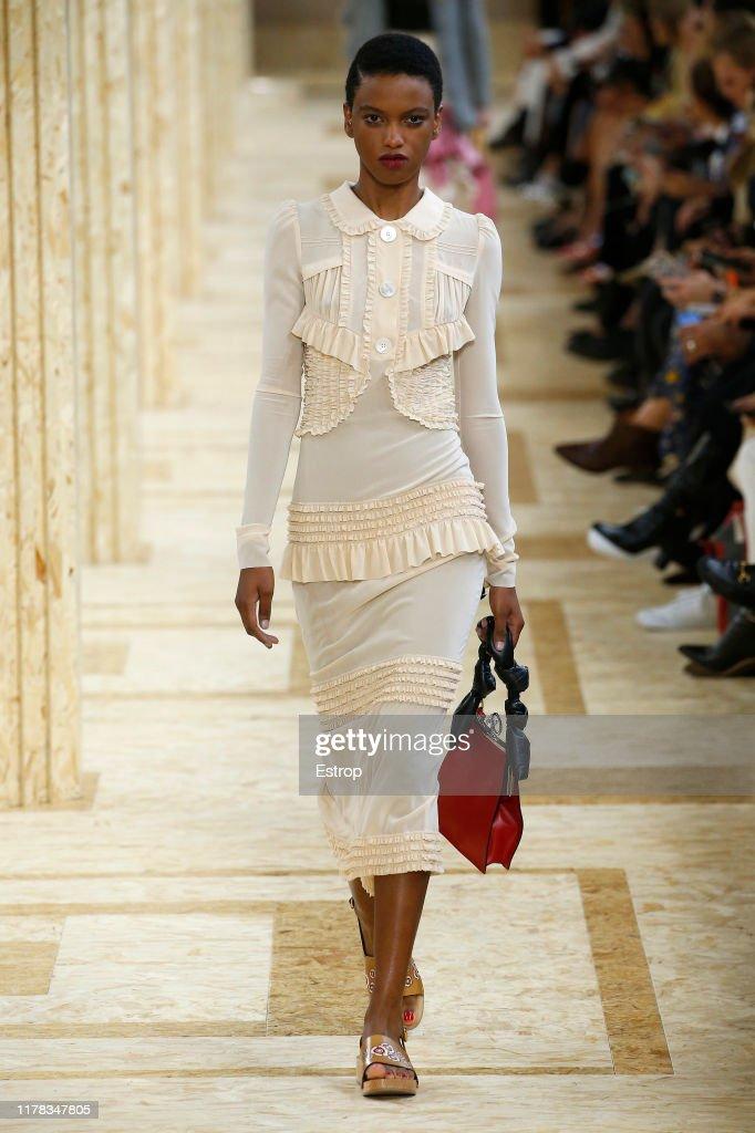 Miu Miu : Runway - Paris Fashion Week - Womenswear Spring Summer 2020 : News Photo
