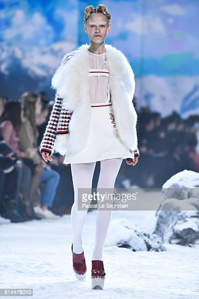 A model walks the runway during the Moncler Gamme Rouge show as part of the Paris Fashion Week Womenswear Fall/Winter 2016/2017 on March 9 2016 in...
