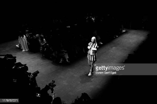 A model walks the runway during the Natalie Kolyozyan show during MercedesBenz Istanbul Fashion Week at Zorlu Performance Hall on October 08 2019 in...