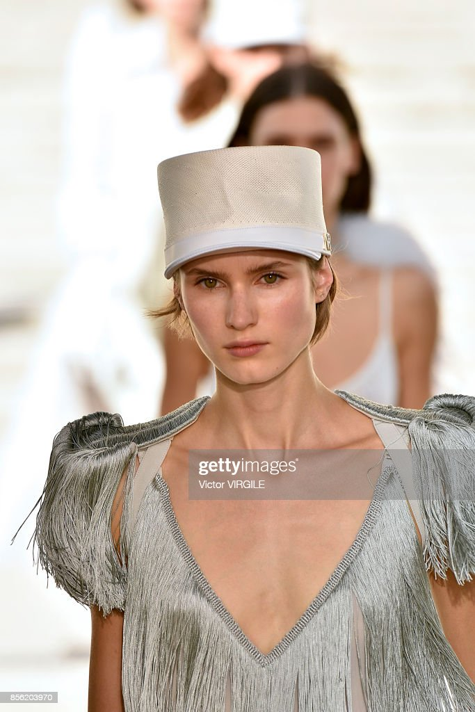 A model walks the runway during the Nina Ricci Ready to Wear Spring/Summer 22018 fashion show as part of the Paris Fashion Week Womenswear Spring/Summer 2018 on September 29, 2017 in Paris, France.