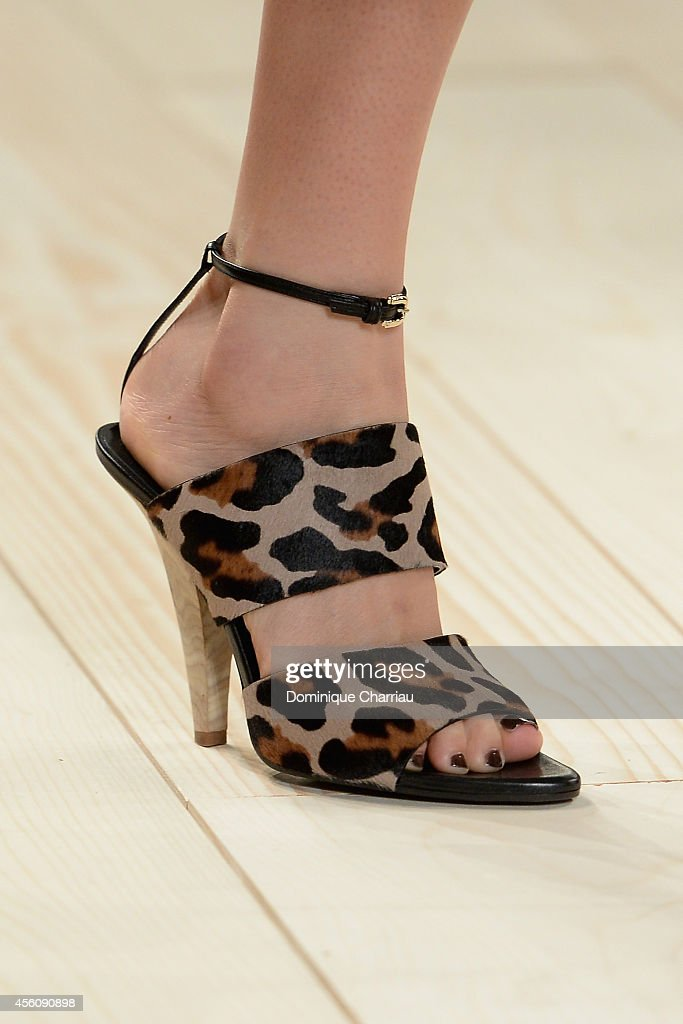 Nina Ricci : Runway - Paris Fashion Week Womenswear Spring/Summer 2015 : News Photo