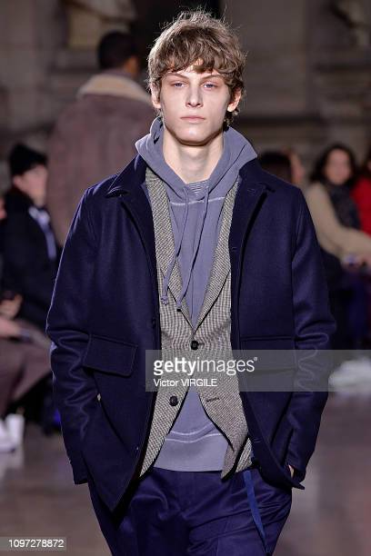 A model walks the runway during the Officine Generale Menswear Fall/Winter 20192020 fashion show as part of Paris Fashion Week on January 20 2019 in...