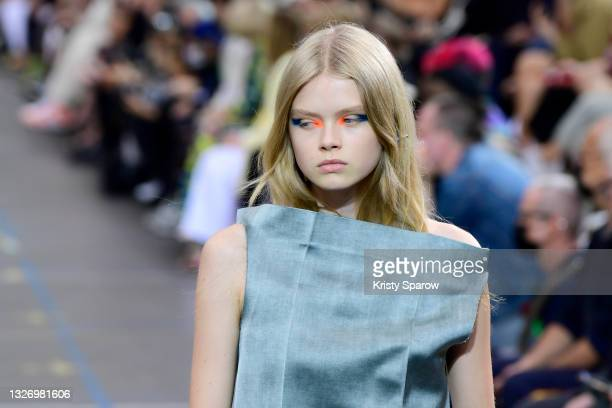 Model walks the runway during the Off-White Fall/Winter 2021/2022 show as part of Paris Fashion Week on July 04, 2021 in Paris, France.