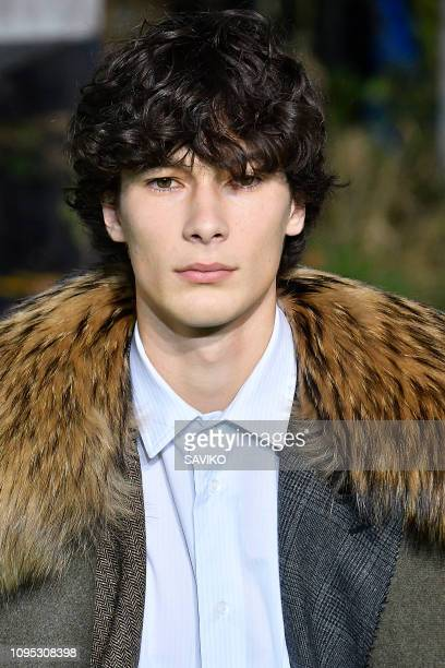 A model walks the runway during the OffWhite Menswear Fall/Winter 20192020 fashion show as part of Paris Fashion Week on January 16 2019 in Paris...