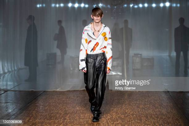 Model walks the runway during the Off-White Menswear Fall/Winter 2020-2021 show as part of Paris Fashion Week on January 15, 2020 in Paris, France.