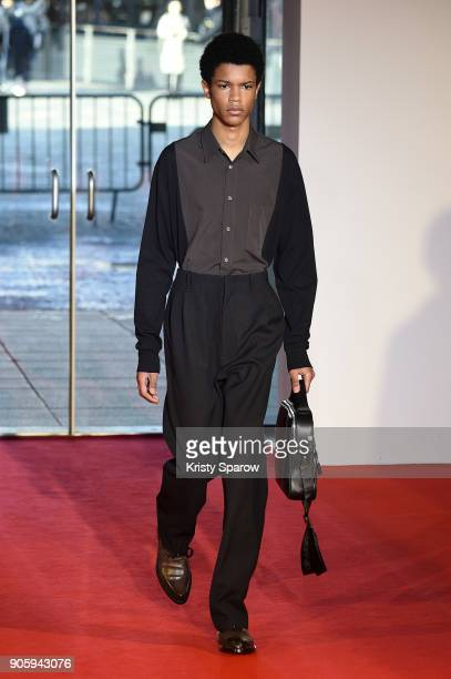 A model walks the runway during the Off/White Menswear Fall/Winter 20182019 show as part of Paris Fashion Week on January 17 2018 in Paris France