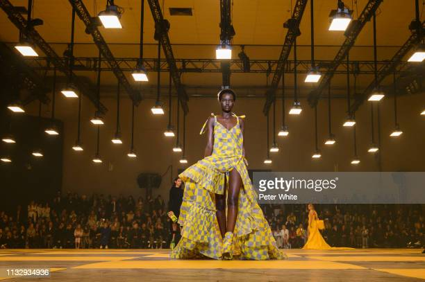 Model walks the runway during the Off-White show as part of the Paris Fashion Week Womenswear Fall/Winter 2019/2020 on February 28, 2019 in Paris,...