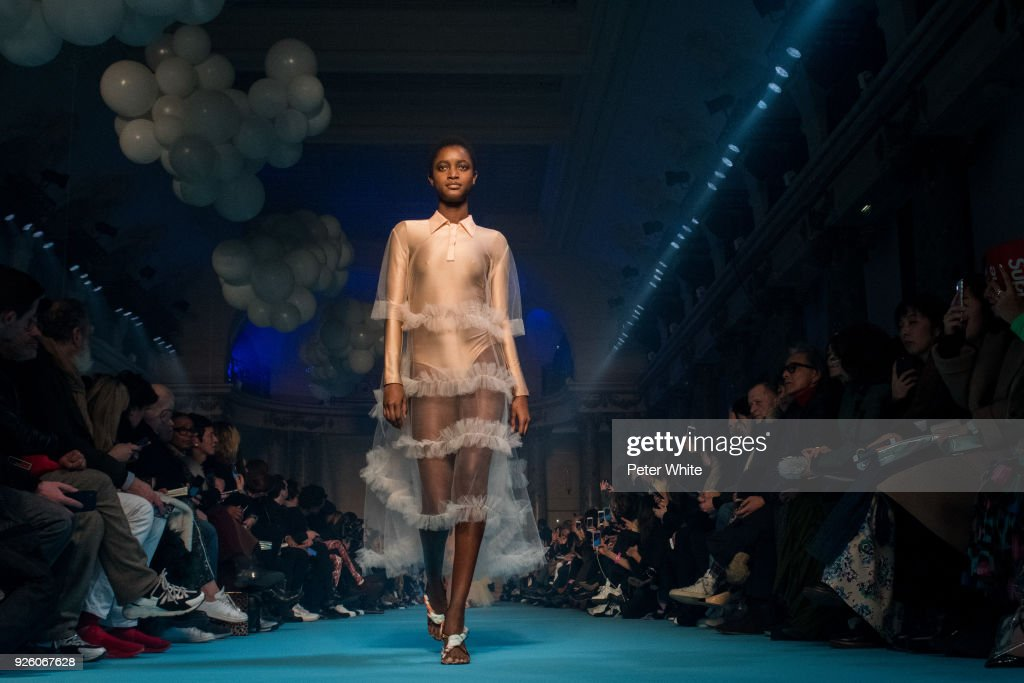 A model walks the runway during the Off-White show as part of the Paris Fashion Week Womenswear Fall/Winter 2018/2019 on March 1, 2018 in Paris, France.