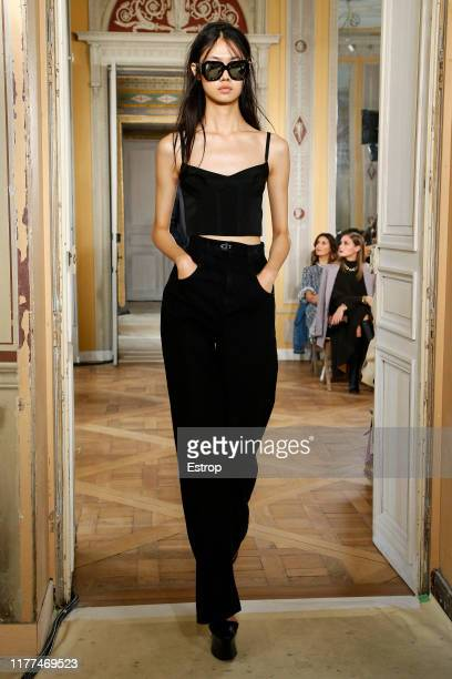 Model walks the runway during the Olivier Theyskens Womenswear Spring/Summer 2020 show as part of Paris Fashion Week on September 27, 2019 in Paris,...