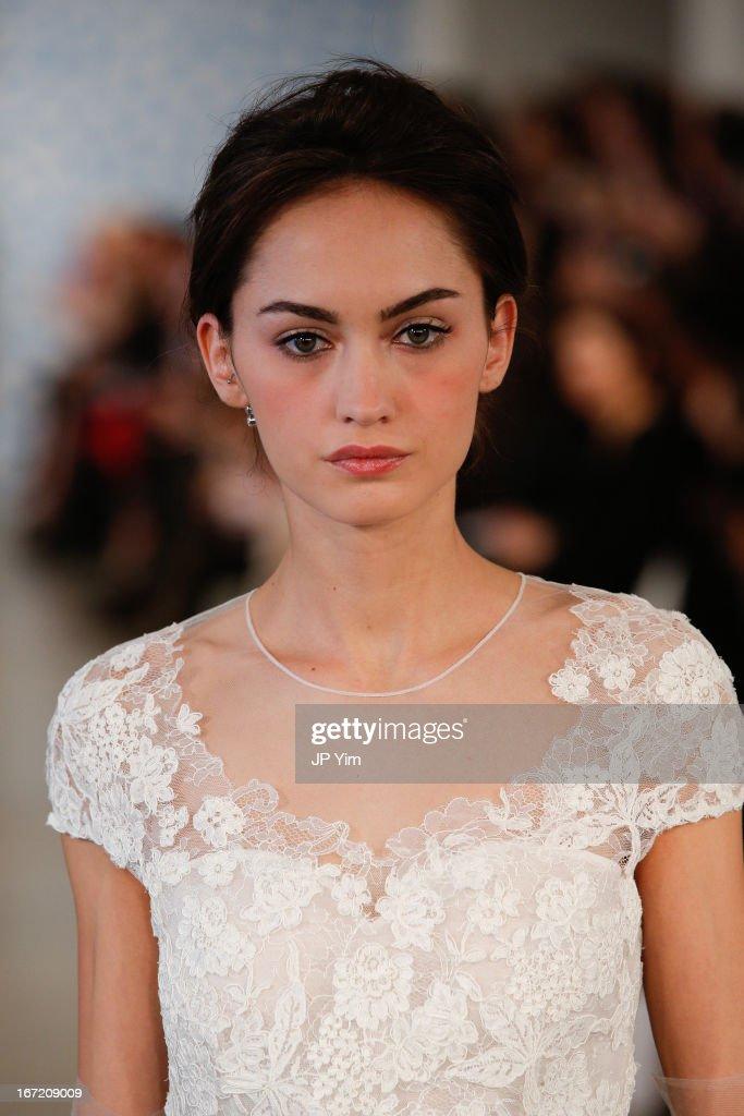 2014 Bridal Spring/Summer Collection - Oscar De La Renta - Show : News Photo