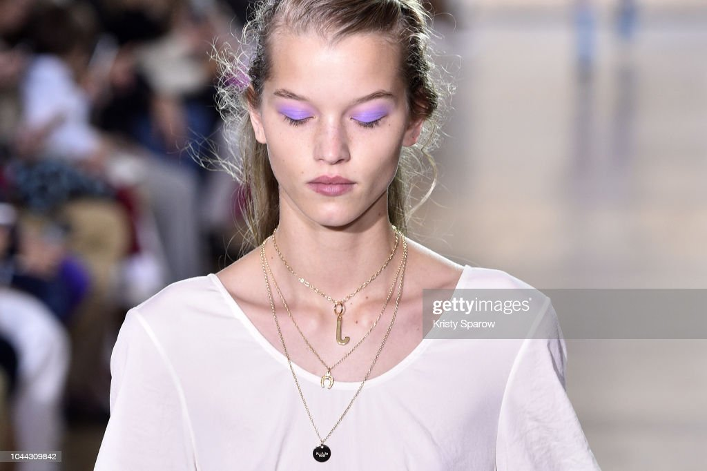 Paul & Joe : Runway - Paris Fashion Week Womenswear Spring/Summer 2019 : Photo d'actualité