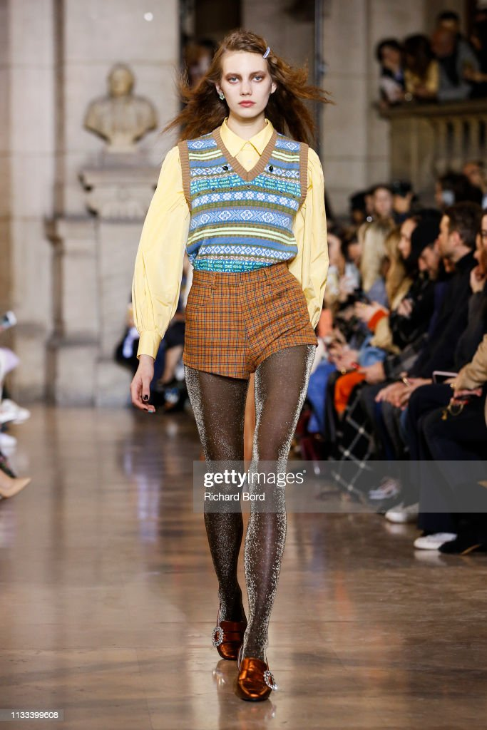 model-walks-the-runway-during-the-paul-joe-show-as-part-of-the-paris-picture-id1133399608