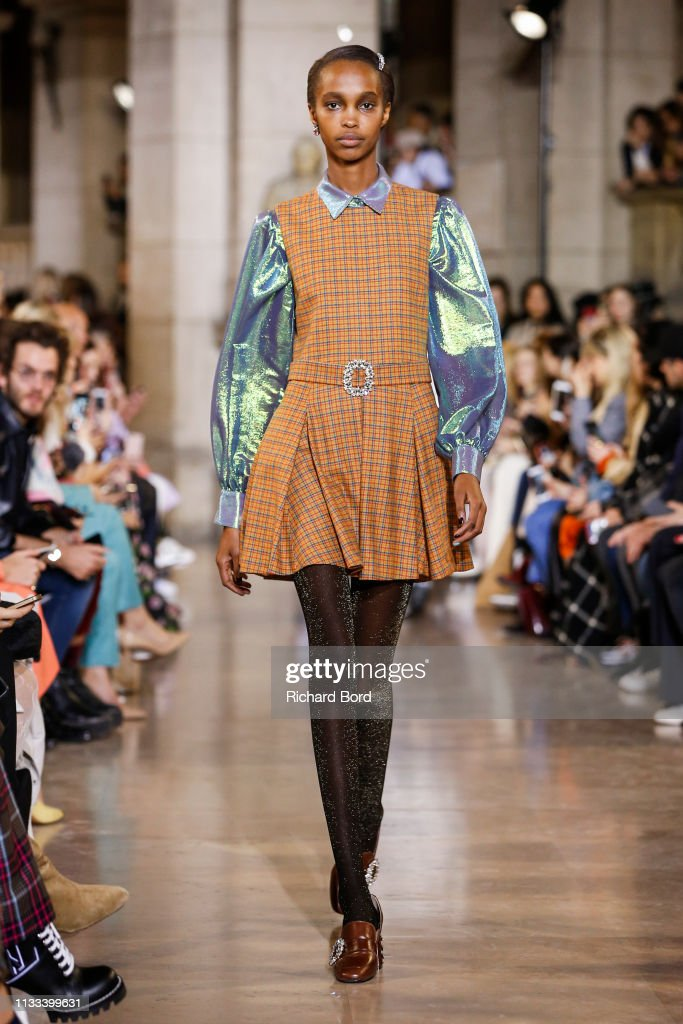 model-walks-the-runway-during-the-paul-joe-show-as-part-of-the-paris-picture-id1133399631