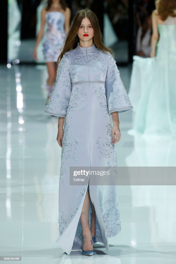 model-walks-the-runway-during-the-ralph-russo-spring-summer-2018-show-picture-id909230466