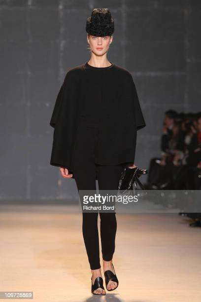 A model walks the runway during the Rochas Ready to Wear Autumn/Winter 2011/2012 show during Paris Fashion Week at Palais De Tokyo on March 2 2011 in...