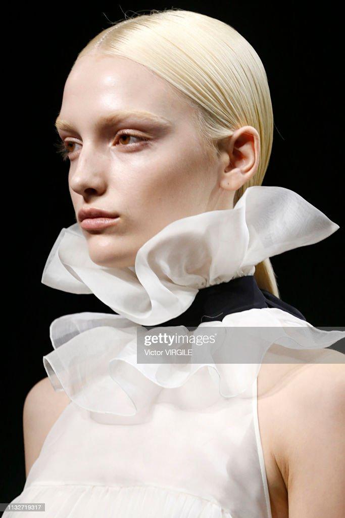 Rochas - Runway - Paris Fashion Week Womenswear Fall/Winter 2019/2020 : News Photo
