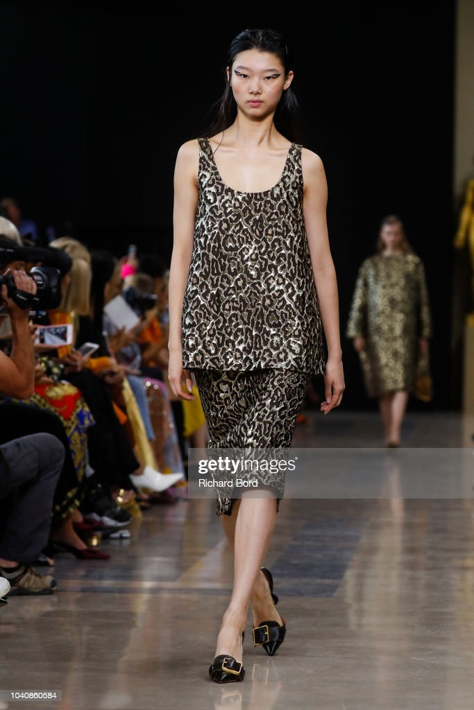Rochas : Runway - Paris Fashion Week Womenswear Spring/Summer 2019 : ニュース写真