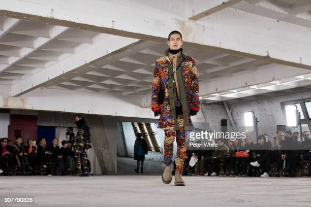 A model walks the runway during the Sacai Menswear Fall/Winter 20182019 show as part of Paris Fashion Week on January 20 2018 in Paris France